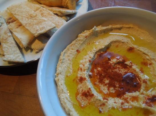 Image of hummus and pitta bread