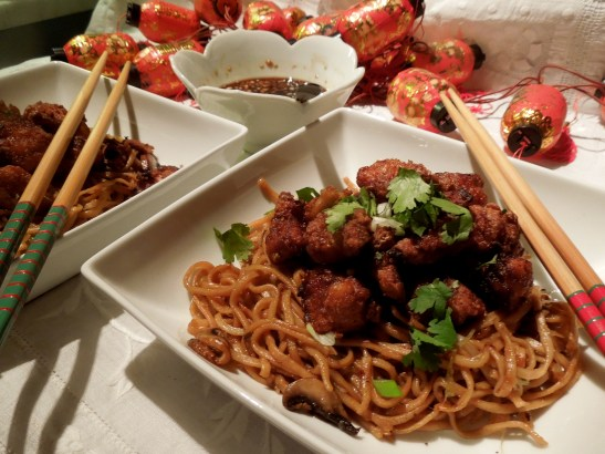 Image of five spice chicken with noodles and dipping sauce