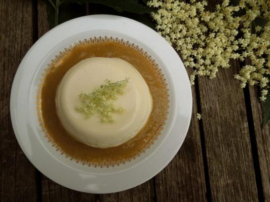 Image of elderflower and buttermilk pannacotta