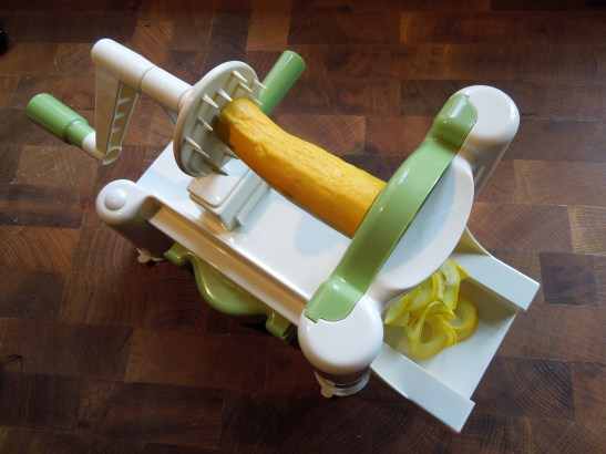 Image of spiraliser with courgette