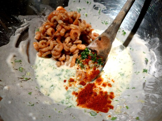Image of shrimps and paprika added to batter