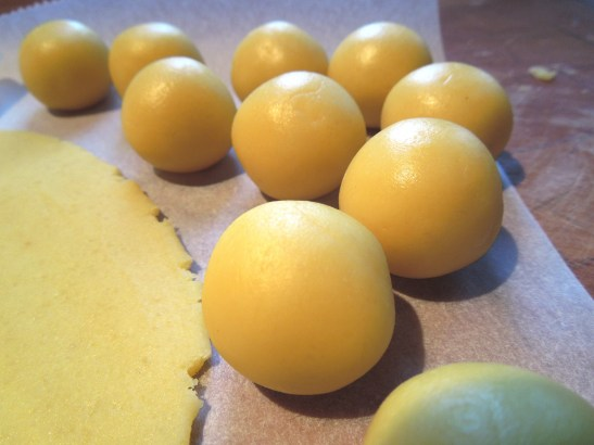 Image of marzipan balls