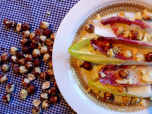 Image of chicory, Stilton and hazelnut salad