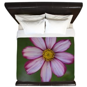 Red and White Cosmos Bloom King Duvet