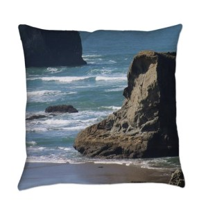 Pacific Ocean Beach View Everyday Throw Pillow