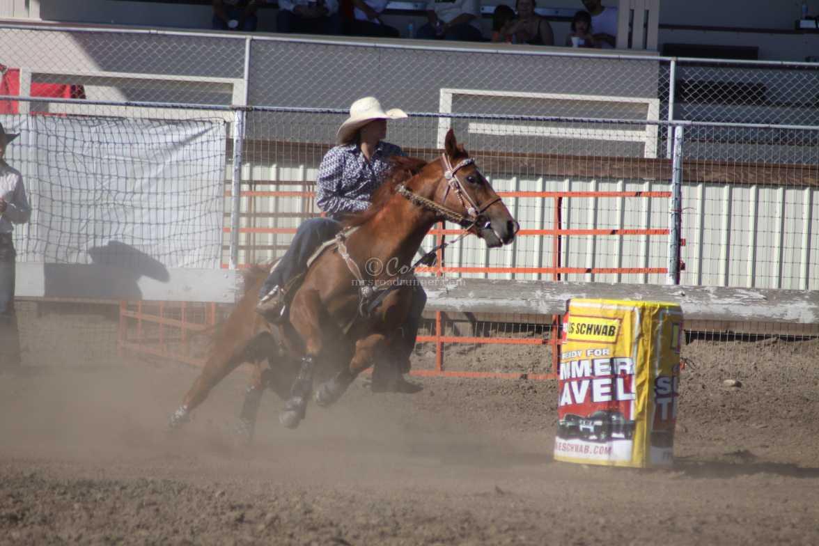 barrel racing rodeo 2452