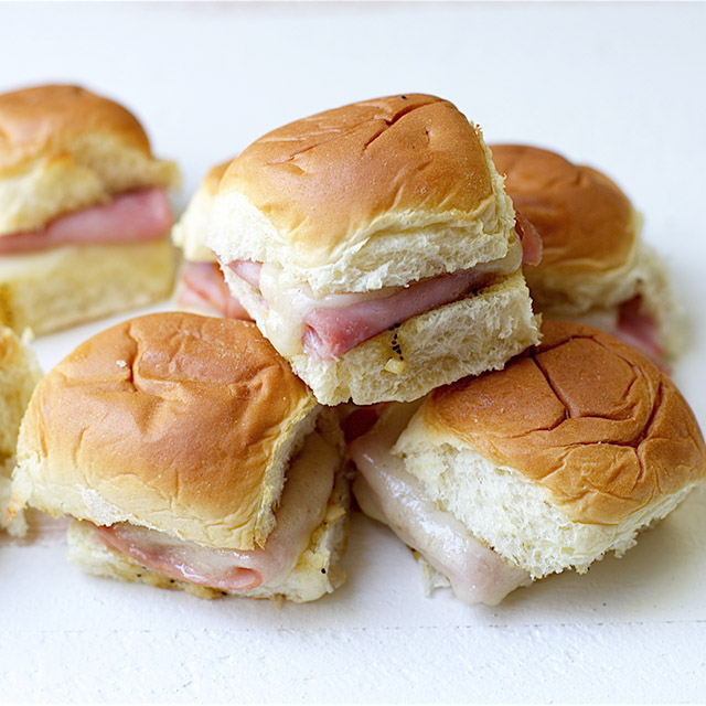 Easy Entertaining: Southern Baked Ham & Swiss Sliders