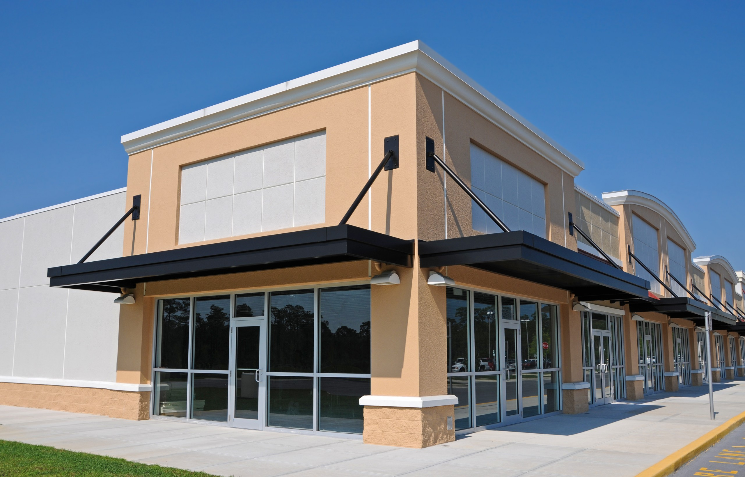 Window tinting for commercial building