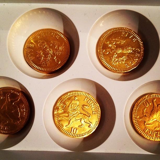 20120628 Kinder egg coins