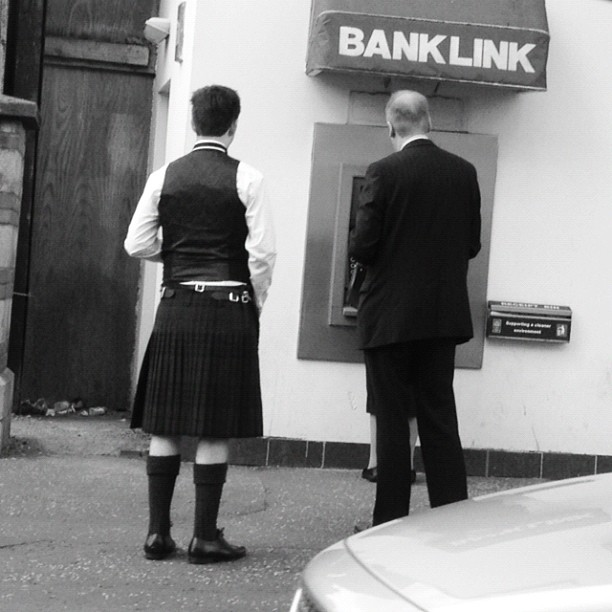 20120726 Men in black kilt