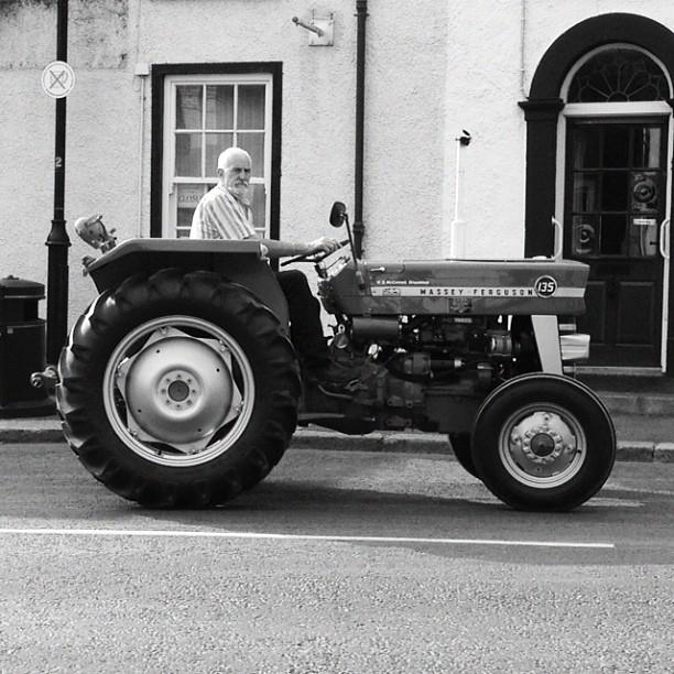 20120811 Vintage tractor