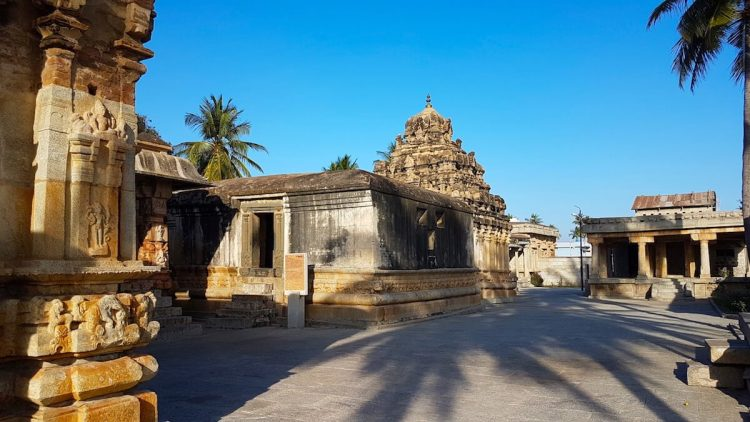 The courtyard and areas around the Ramalingeshwara temple are accessible