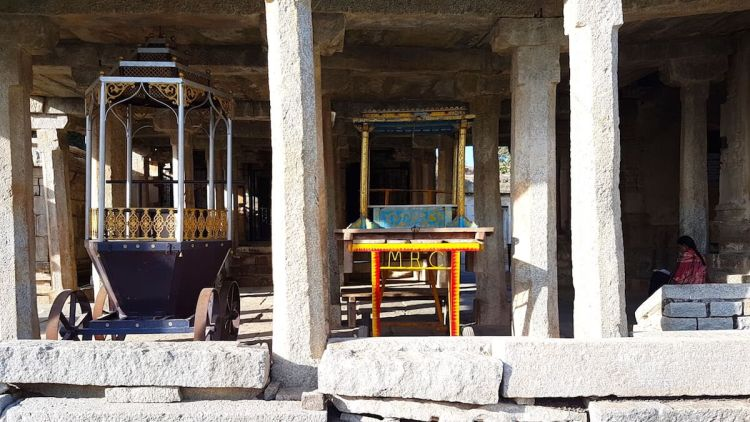 Smaller chariots parked inside Ramalingeshwara temple complex