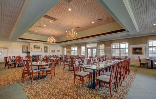 restaurant , colonial heritage clubhouse, williamsburg va