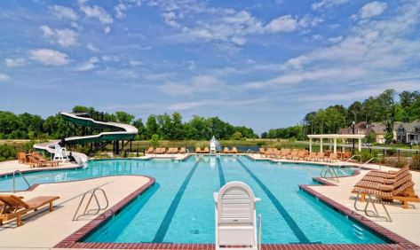 pool at founders pointe