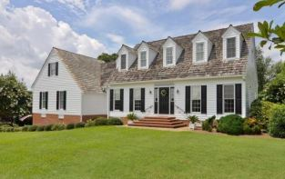 custom home in the vineyards, williamsburg va