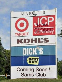 marquis-at-williamsburg-sign
