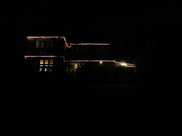 Tasteful house lights.