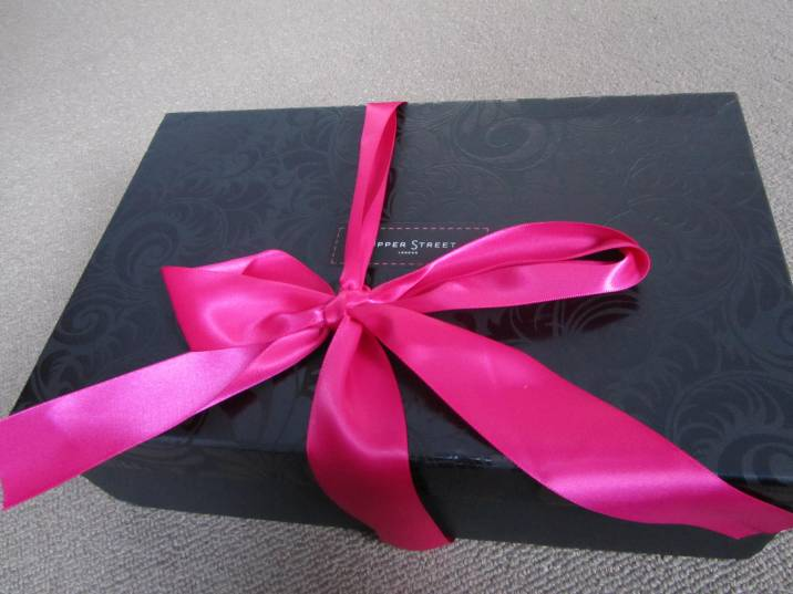 Oooh look! It's a parcel from Upper Street Shoes!