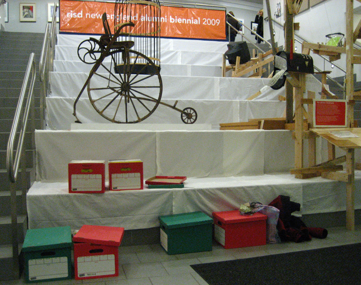 When I walked in with my boxes of tiles, here's what the show looked like.