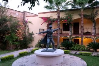 Zorro, El Fuerte