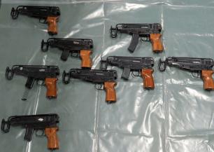 Guns and ammo sezed at Cuxton Marina
