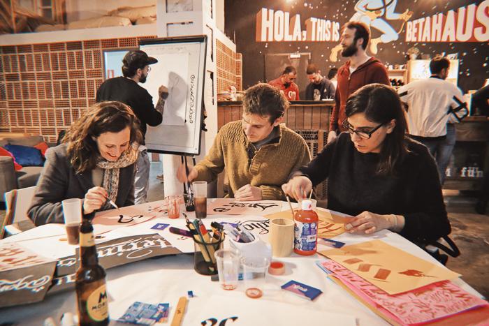 workshops-barcelona-whats-art-collective-fiesta-letras044