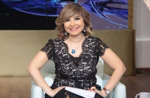 الإعلام المصري يستعيد نجومه لكسب ثقة الجمهور