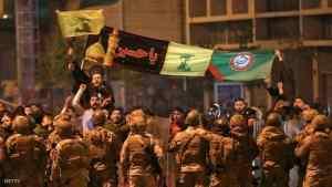 أنصار حزب الله وحركة أمل يهاجمون المتظاهرين في بعلبك