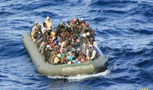 ليبيا : غرق عشرات المهاجرين قبالة سواحل ليبيا