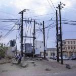 أزمة الكهرباء المستفحلة عنوان لصيف عسير في مناطق جنوب اليمن