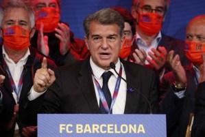برشلونة يجدد عهد لابورتا لإعادة البناء