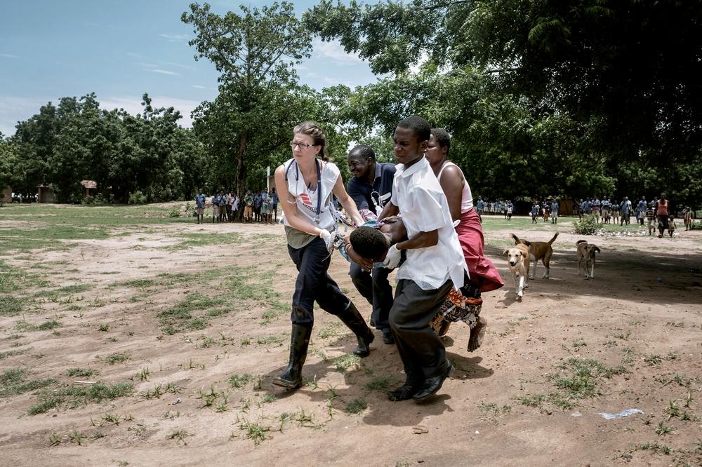 Antallet af hiv-smittede i Malawi er højt, og kun halvdelen er i behandling for sygdommen.