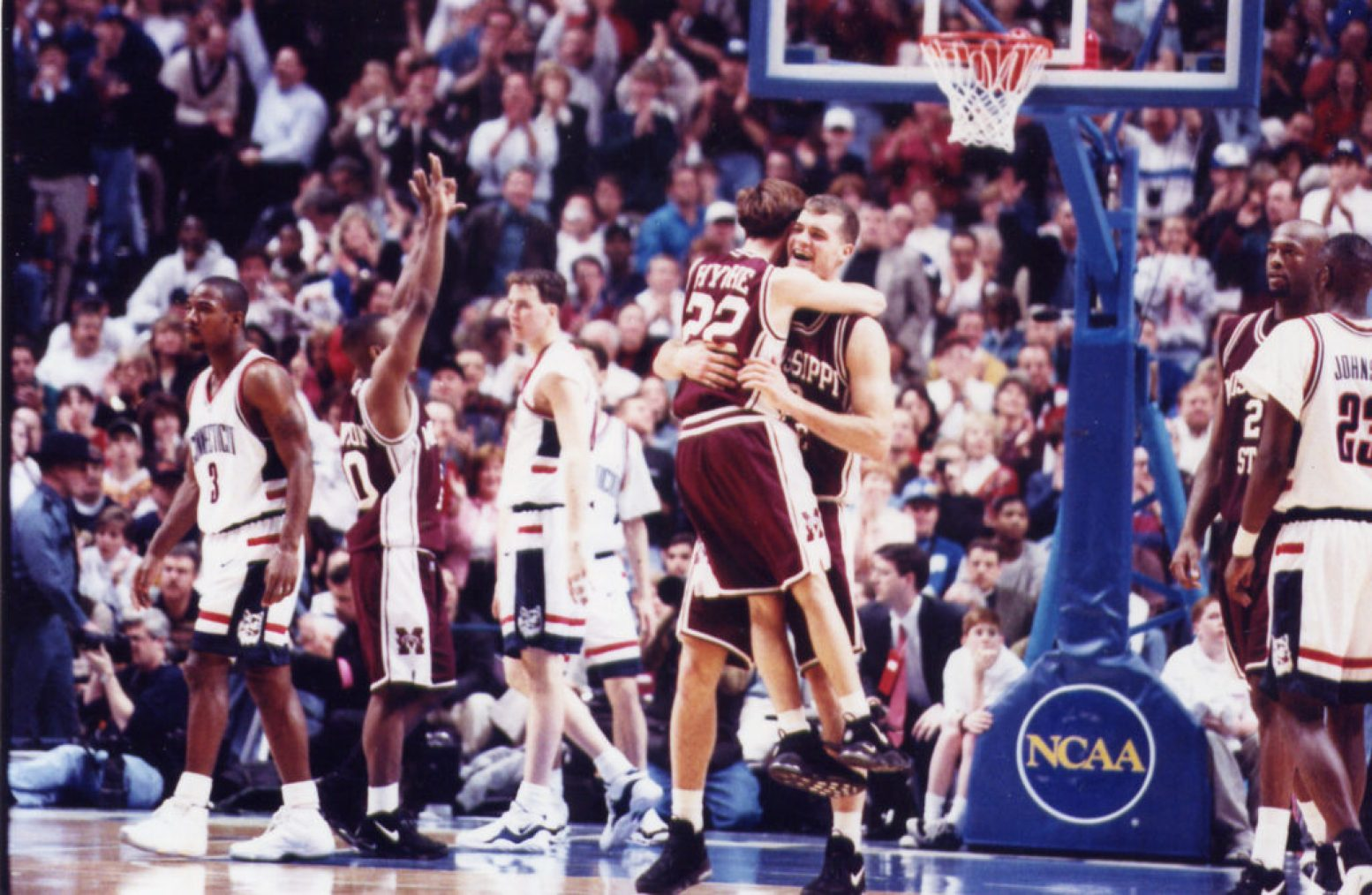 When Mississippi State defeated Cincinnati to go to the Final Four, Bart Hyche jumped into the arms of teammate Russell Walters.