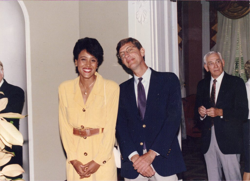 with-robin-roberts-1993-chas-conerly-in-bkgrnd
