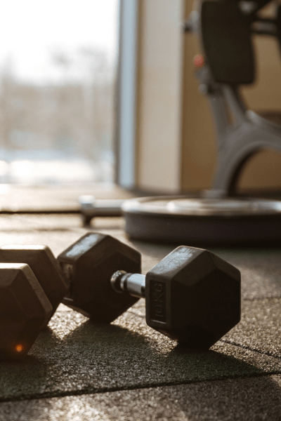 Conquer the Gym: 10 Tips Every Fitness Beginner Should Know