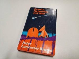 Comets meteorites men book (1)
