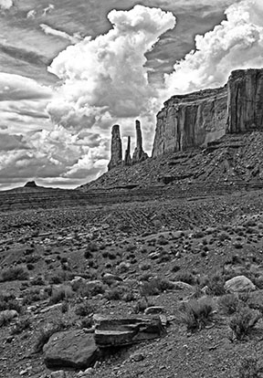Sisters Monument Valley