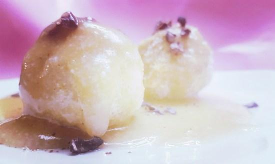 Honey Glazed Cake Pops - Delicious dessert. Vegetarian, Gluten Free, Dairy Free, Refined Sugar Free Recipe. Cooks in 5 minutes.