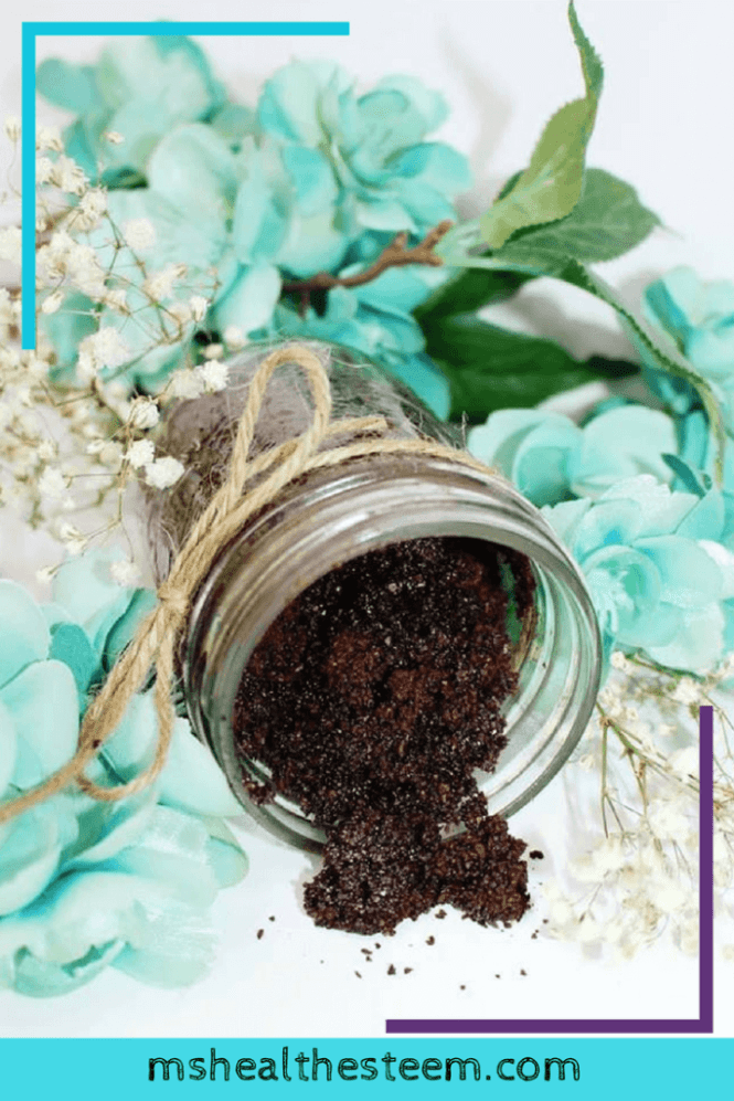 How to Create Beautiful Skin with a Grounded Coffee Scrub | Easy Homemade Coffee Scrub Recipe for glowing skin that helps to exfoliate, reverse sun damage and reduce puffiness. Total win! Did I mention it's made out of only 3 ingredients? Coffee beans, coconut oil and salt (plus your fave essential oils if you want). Click through for the recipe and to learn all about how coffee is the ultimate addition to your skin care routine.