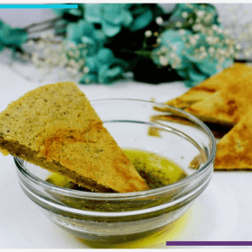 This Chickpea Flour Flatbread Recipe Will Blow Your Mind | A delicious vegan, gluten free healthy flatbread recipe that's super easy to make. Total win! Enjoy it solo or with hummus or olive oil. Perfect as a starter, appetizer or a wonderful healthy snack. Get ready for food heaven ;). Click through for the goodness: