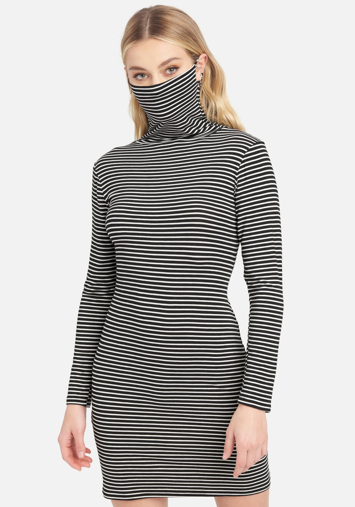 Bebe dress with attached mask