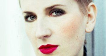 Mia Dyson photo2