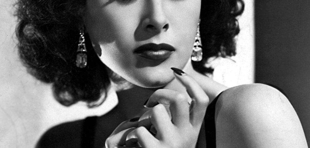 The beautiful Hedy Lamarr (1940s) : ClassicScreenBeauties