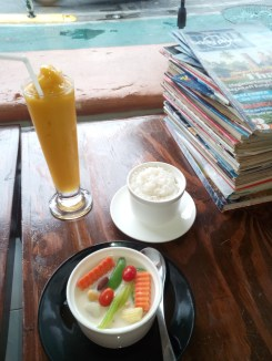 A fresh and healthy lunch at Mango.
