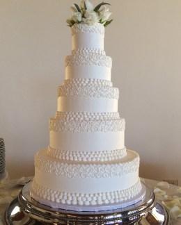 hand piped swirls wedding cake