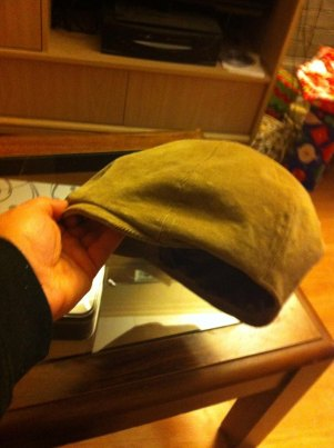 gatsby cap with lining sewn in