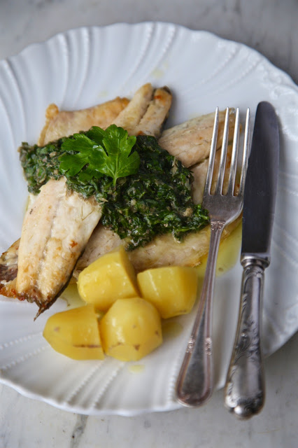 salsa verde recipe (with sea bass and potatoes)