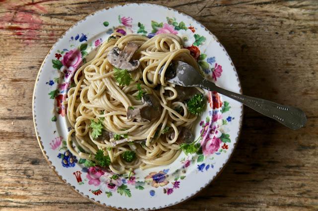 mushroom, cream and sherry spaghetti