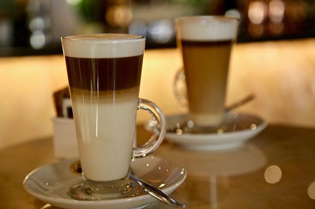 galao coffee, Funchal, Madeira,  pic: Kerstin Rodgers/msmarmitelover